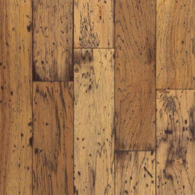 Captivating Hickory   Antique Natural Hardwood ER5110