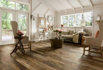 Reclaimed Wood Laminate Flooring Trends   L6626